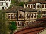 Karabük'ün Neyi Meşhur? Safranbolu Evleri, Safranbolu Lokumu, Demir-Çelik Fabrikası, Safran Çiçeği...